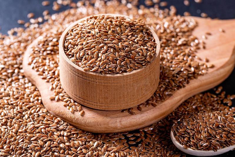Fresh flax seeds